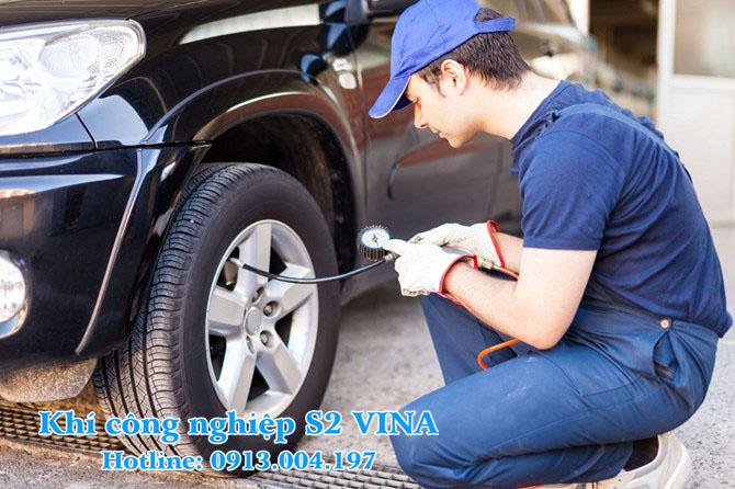 Ưu - Nhược khi bơm lốp xe bằng nitơ